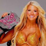 【悲報】IWGP世界ヘビー級王座のベルト、WWEのDIVA王座と酷似していることが発覚してしまう