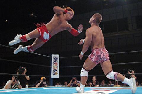 【新日本プロレス】新ベルトの翼は内藤を表している? & 内藤 vs オスプレイは新日の切り札カード