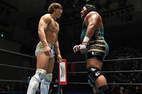 【新日本プロレス】飯伏 vs コブは黄金カードに昇華したな! 二人とも非現実的な肉体美しとる