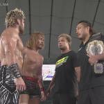 【新日本プロレス】タッグ王座戦後に乱入した後藤とYOSHI-HASHI、なにも喋らずに帰ってしまう!