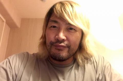 【悲報】棚橋弘至さん、隔離期間中に内藤哲也に寄せてしまう