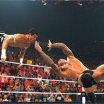 【朗報】WWEで一番カッコいい必殺技、完全に一致する